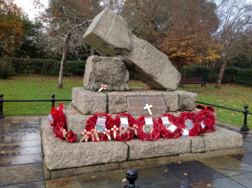 Cowes War Memorial, Remembrance Day 2018