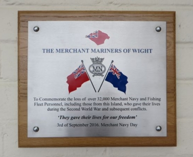 Plaque erected by Merchant Mariners of Wight MN Day, 3rd September 2016
